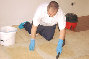 Carpet cleaning Custom House E16