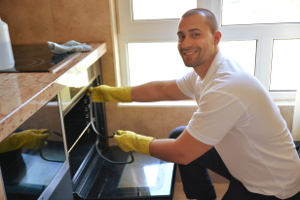 Oven cleaning Capel Manor EN2