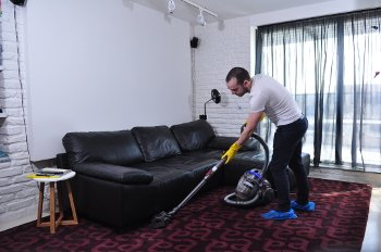 Professional cleaning and maintenance services in London
