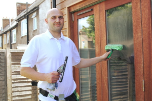 Window cleaning in Tottenham N17